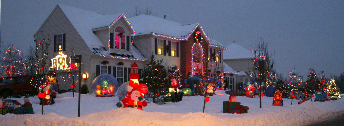 christmas yard inflatables