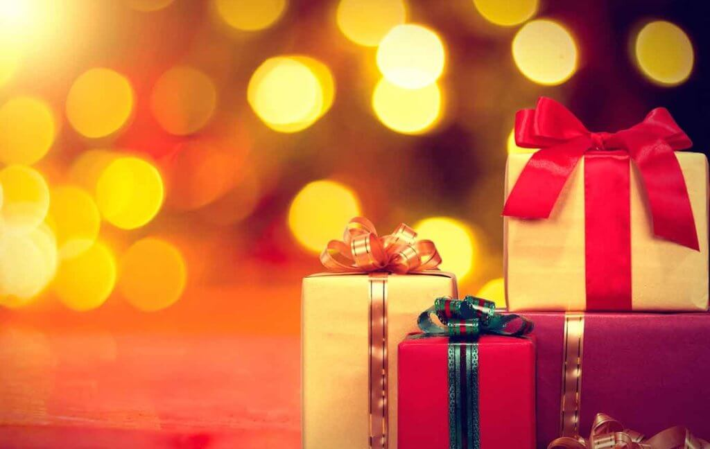 holiday shopping gifts